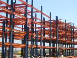 برسی نقاط ضعفها و اشکالات ساختمانهای فولادی